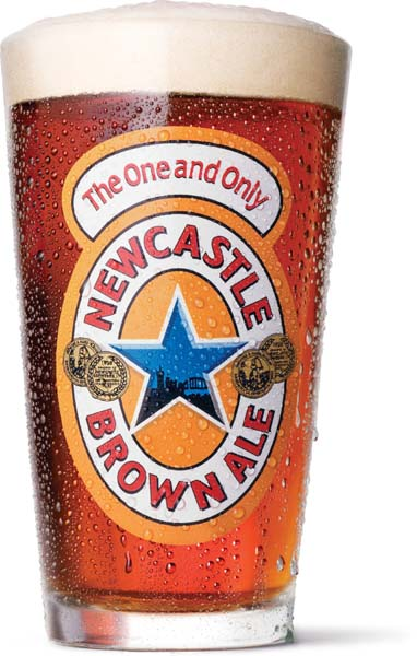 Verre de Newcastle Brown Ale